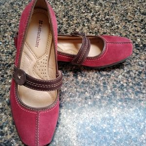 Naturalizer Referee Women's Deep Red Mary Jane's 5